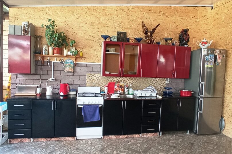 """Семейный гостевой дом """"У Рузанны"""", Магнитогорская улица, 21 на 6 комнат - Фотография 5"""
