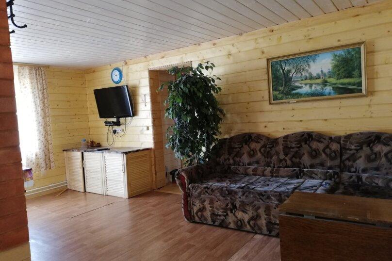 Дом в лесу ( 4 шт.) на берегу озера , деревня Стеклино, 36 на 4 номера - Фотография 2
