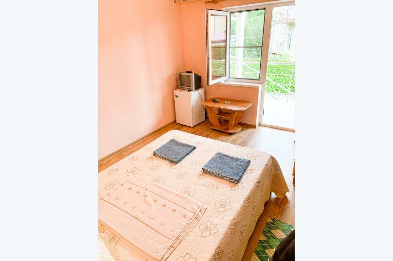 Уютный 2-х местный номер, ореховая роща, 3а, Джубга - Фотография 1