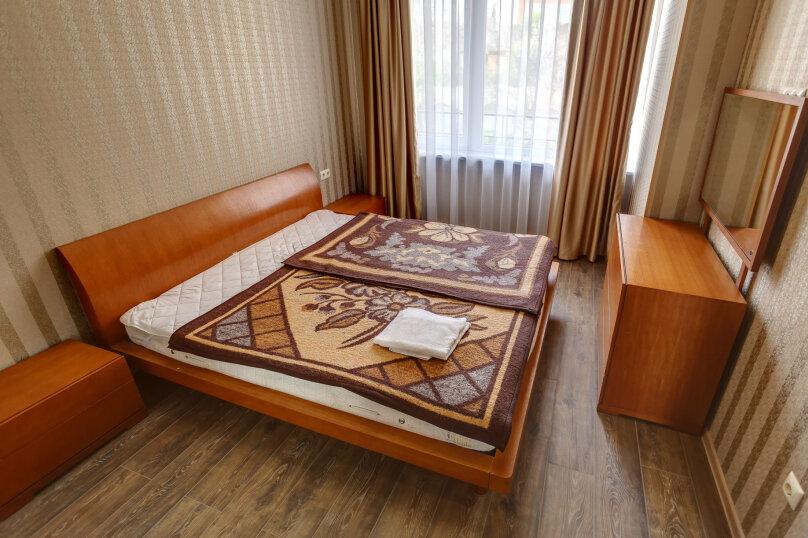 2-комн. квартира, 48 кв.м. на 4 человека, улица Адмирала Фадеева, 18, Севастополь - Фотография 14