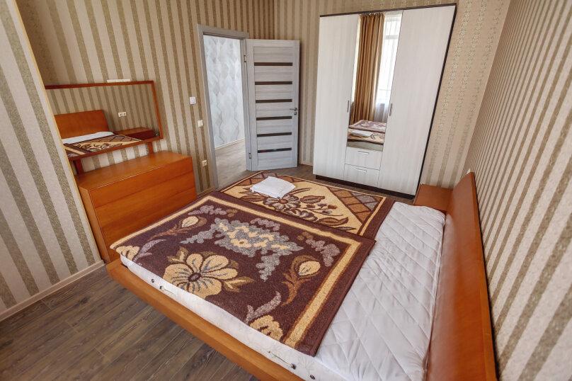 2-комн. квартира, 48 кв.м. на 4 человека, улица Адмирала Фадеева, 18, Севастополь - Фотография 15