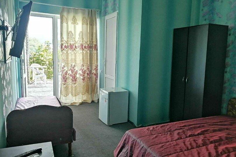 2-й. этаж, 3-я. комната, 3-х. местный., Черноморская, 4а, Ольгинка - Фотография 1