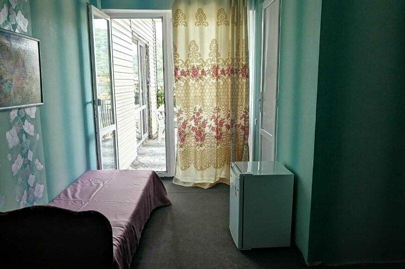2-й. этаж, 3-я. комната, 3-х. местный., Черноморская, 4а, Ольгинка - Фотография 3