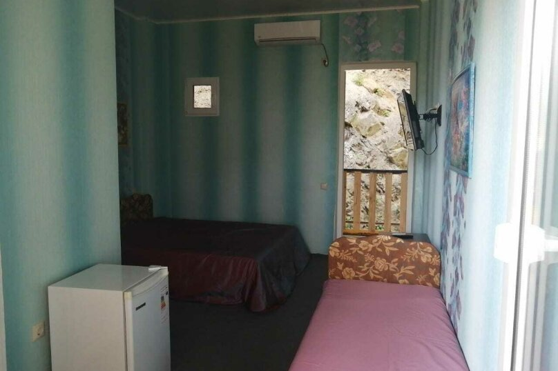 2-й. этаж, 3-я. комната, 3-х. местный., Черноморская, 4а, Ольгинка - Фотография 4