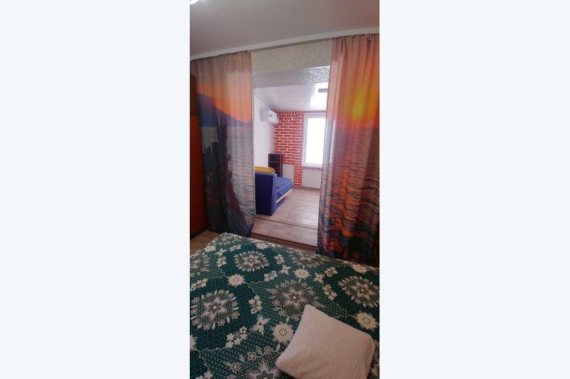 Трехэтажный дом по-комнатно, Гражданская улица, 16 на 5 комнат - Фотография 13