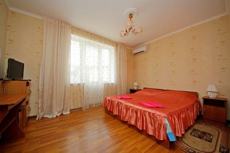 Двухместный номер с балконом, улица Гоголя, 188, Анапа - Фотография 1