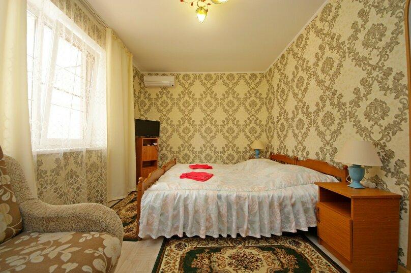 4-х местный номер со всеми удобствами без балкона , улица Гоголя, 188, Анапа - Фотография 1