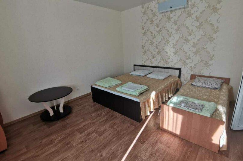 Трёхместный номер, Алуштинская улица, 20, Заозерное - Фотография 1