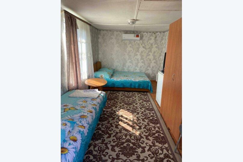 Трёхместный с кондиционером , Приморская, 39, Береговое, Феодосия - Фотография 12
