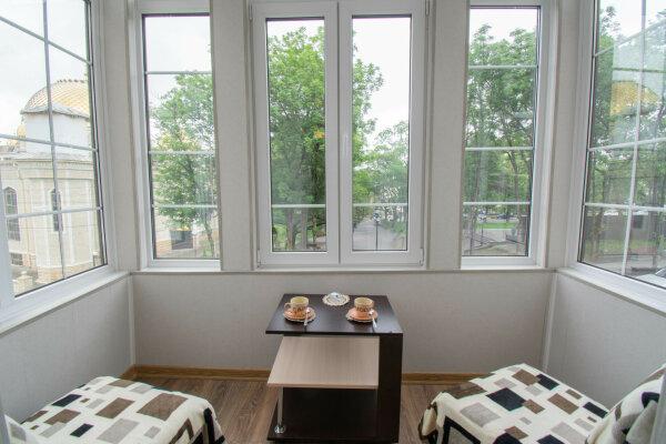 2-комн. квартира, 45 кв.м. на 7 человек, улица Кольцова, 12, Кисловодск - Фотография 1