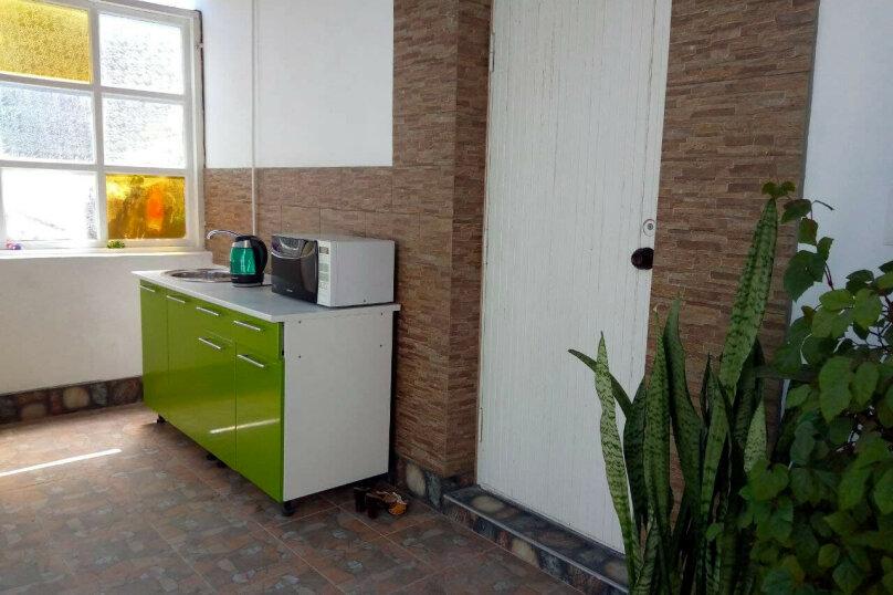"""Гостевой дом """"Розмарин"""", улица Спендиарова, 31 на 4 комнаты - Фотография 9"""