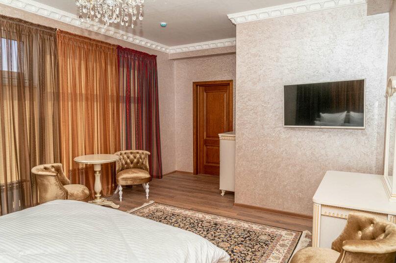Улучшенный номер с кроватью размера king-size, улица Дмитрия Ульянова, 52А, Евпатория - Фотография 3