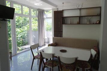 Новый 2х-этажный уютный домик в тихом месте Мисхора., 80 кв.м. на 5 человек, 2 спальни, улица Водовозовых, 1Г, Ялта - Фотография 1