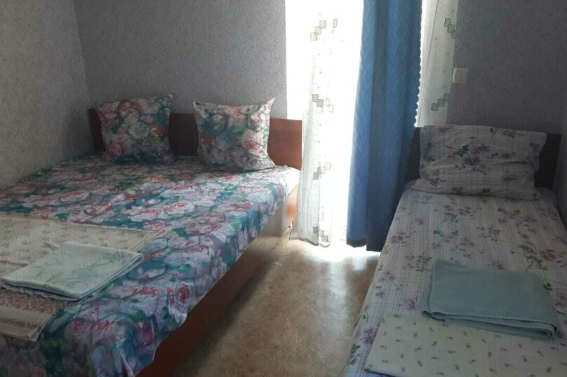 """Гостевой дом """"На Антонова 12"""", Антонова, 12 на 15 комнат - Фотография 37"""
