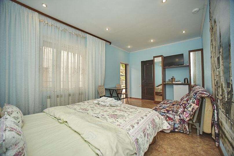 2-й этаж 7-й номер стандарт, Глазкрицкого, 8 Б, Алушта - Фотография 3
