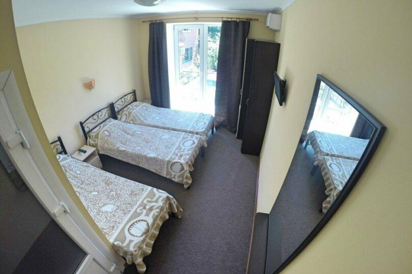 3х-местный номер с тремя односпальными кроватями, Московская улица, 57, Феодосия - Фотография 1