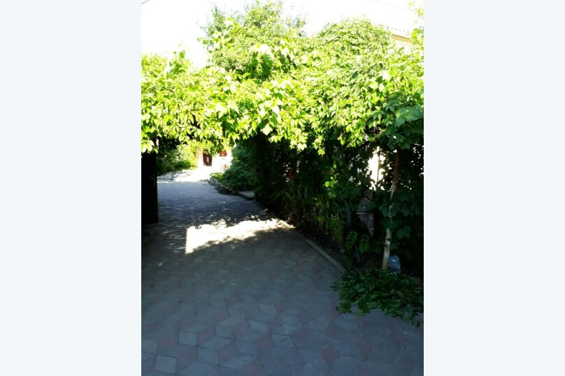"""Гостевой дом """"Кара-Даг"""", Клубный переулок, 3 на 15 комнат - Фотография 3"""