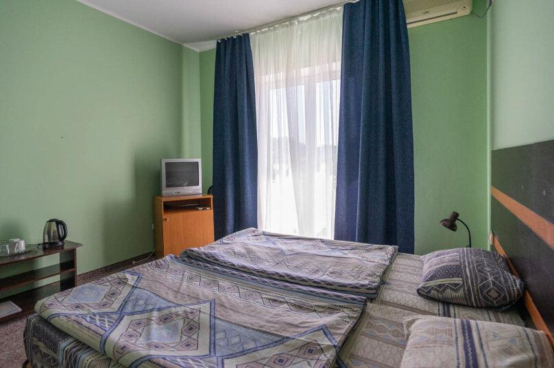 Однокомнатные двухместные номера, Приморская улица, 36Б, Судак - Фотография 1