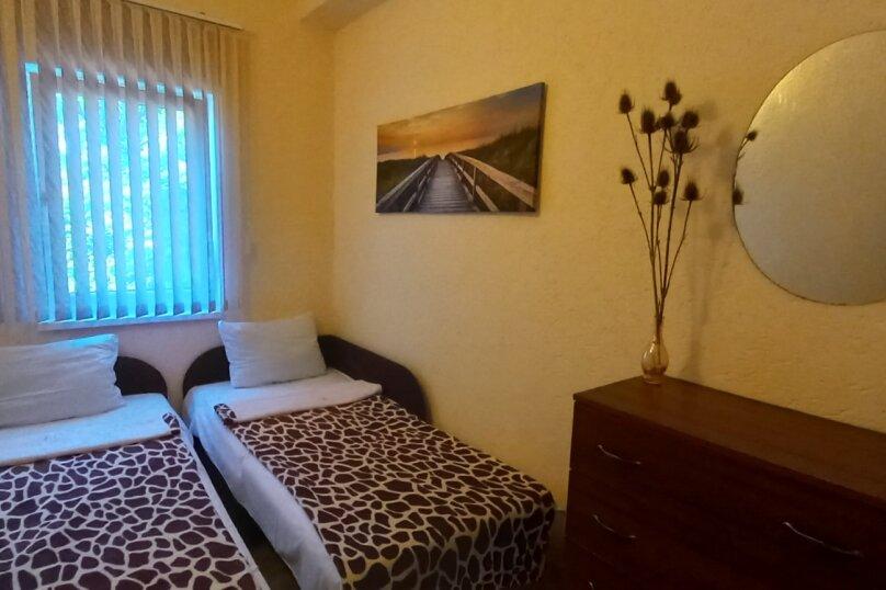 Таунхаус , 136 кв.м. на 17 человек, 8 спален, Набережная улица, 42, Николаевка, Крым - Фотография 5