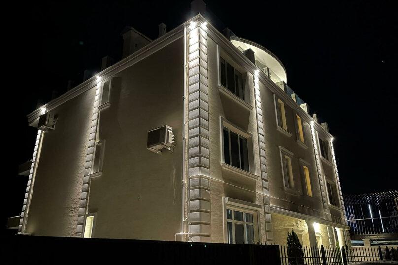 """Мини-отель """"Crown Villa"""", Лазурная улица, 19Б на 5 комнат - Фотография 12"""