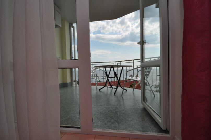 Люкс с видом на море, Гагариной, 25/212, Утес - Фотография 2
