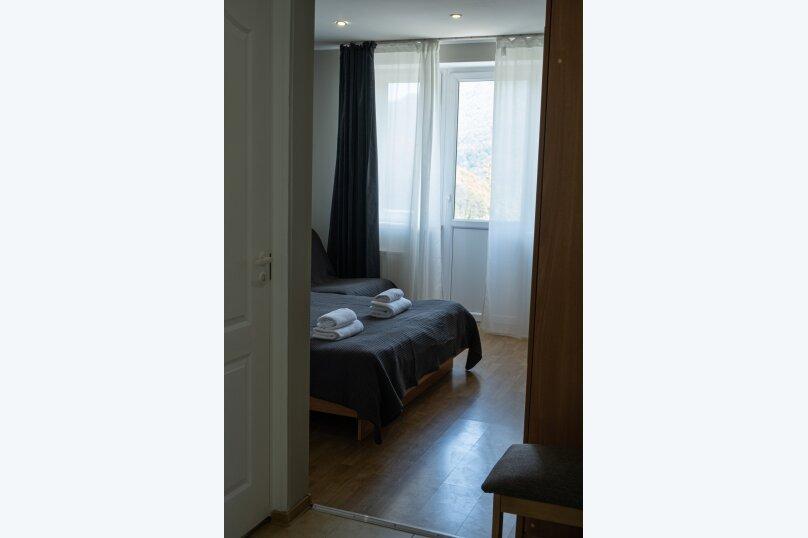 """Вилла """"Уютная"""", Ачишховский переулок, 9 на 22 комнаты - Фотография 57"""