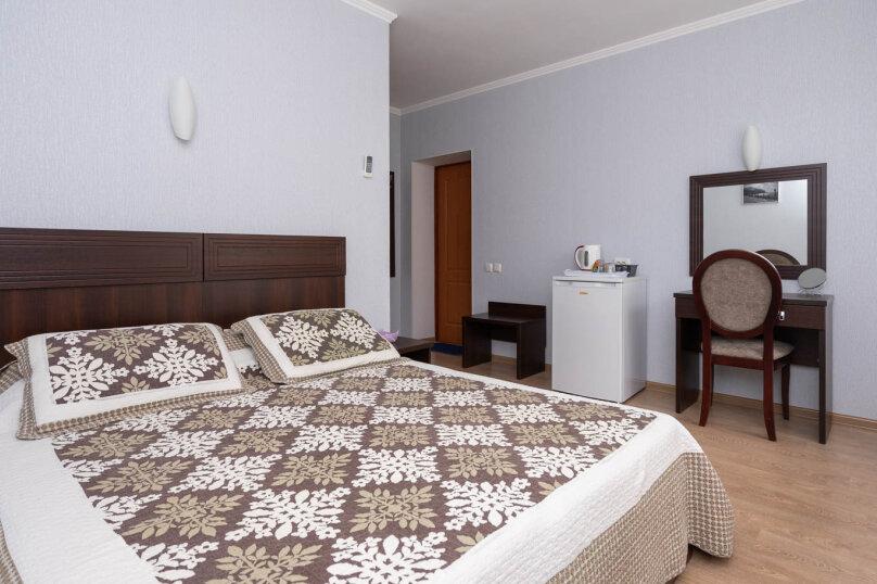 Комната  с балконом для размещения 2-х человек №1, Калинина, 14а, Коктебель - Фотография 1