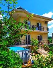 Дом, 168 кв.м. на 15 человек, 7 спален, Казачий переулок, 16, Геленджик - Фотография 1