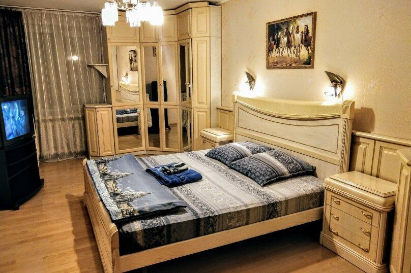 2-комн. квартира, 65 кв.м. на 4 человека, Народная улица, 16, Владимир - Фотография 1