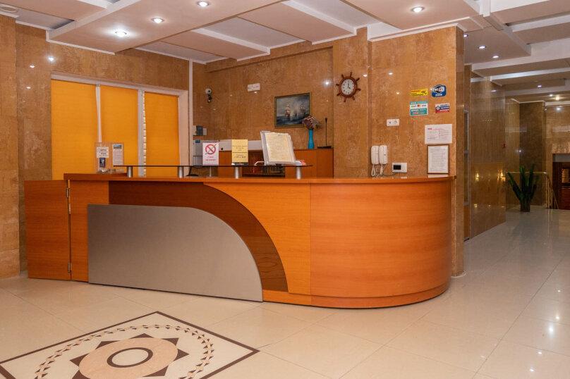 """Отель """"Галеон"""", улица Десантников, 7Б на 26 номеров - Фотография 3"""