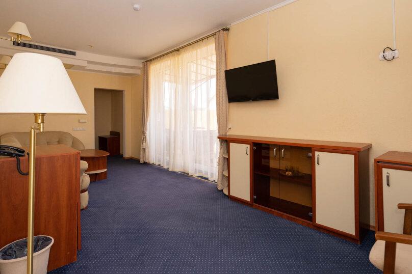 """Отель """"Галеон"""", улица Десантников, 7Б на 26 номеров - Фотография 16"""