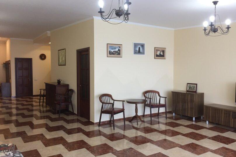 Отдельная комната,  Ленина, 35б, Алупка - Фотография 15
