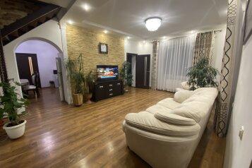 Дом, 74.5 кв.м. на 7 человек, 3 спальни, Склонная улица, 19, Судак - Фотография 1