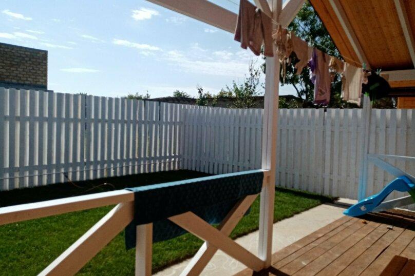 Деревянный дом с террасой, СНТ Приморье, Цветочная на 1 номер - Фотография 3