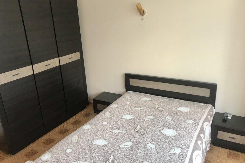 4-й этаж: 2-х местный номер с 1 кроватью и видом на горы., Гагариной, 25/243, Утес - Фотография 3