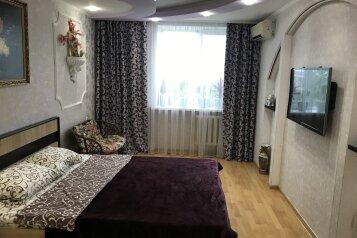 2-комн. квартира, 60 кв.м. на 4 человека, Солнечный переулок, 16, Судак - Фотография 1
