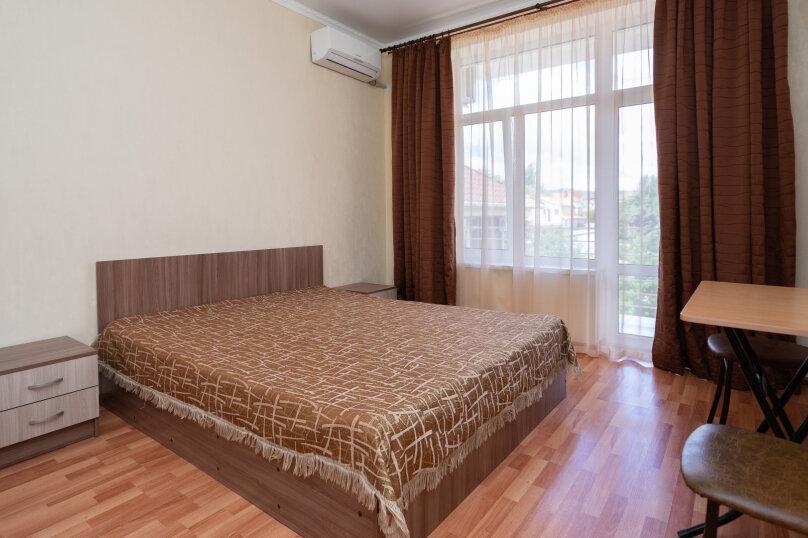 Номер стандарт с балконам кор.№2 Двуспальная кроватью (2-4 этаж), улица Десантников, 3Б, Коктебель - Фотография 1