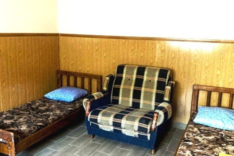 """Гостевой дом """"Вояж"""", Крымская улица, 18 на 22 комнаты - Фотография 42"""