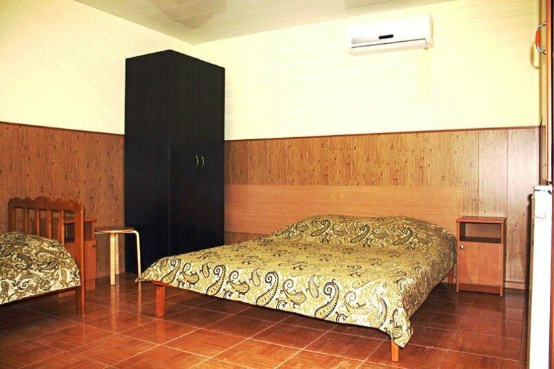 """Гостевой дом """"Вояж"""", Крымская улица, 18 на 22 комнаты - Фотография 44"""