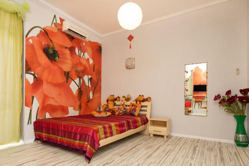 """4-х местная семейная комната-люкс """"Маки"""", Школьный переулок, 30А, Коктебель - Фотография 1"""