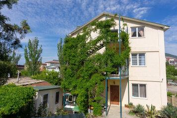 """Гостевой дом """"Агава"""", улица Генерала Бирюзова, 79 на 12 комнат - Фотография 1"""