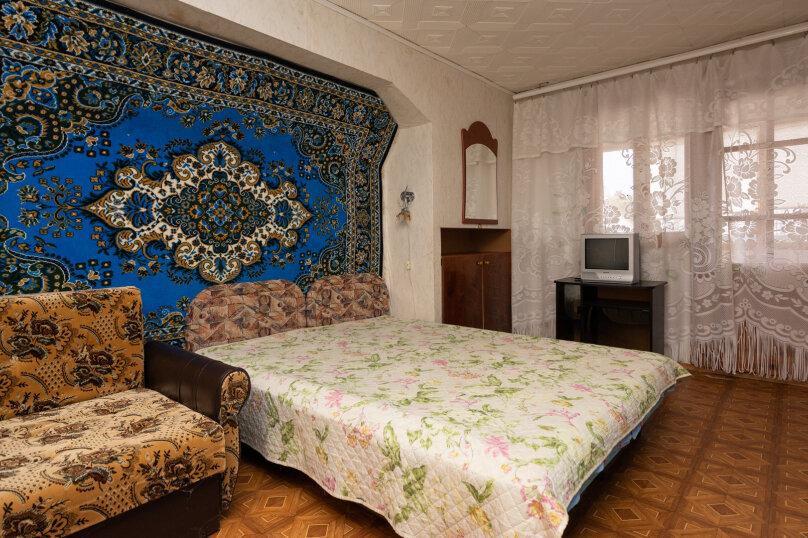 Эконом, 1 комнатный, 2-х местный, 3-й этаж, Партизанская улица, 6, Судак - Фотография 1