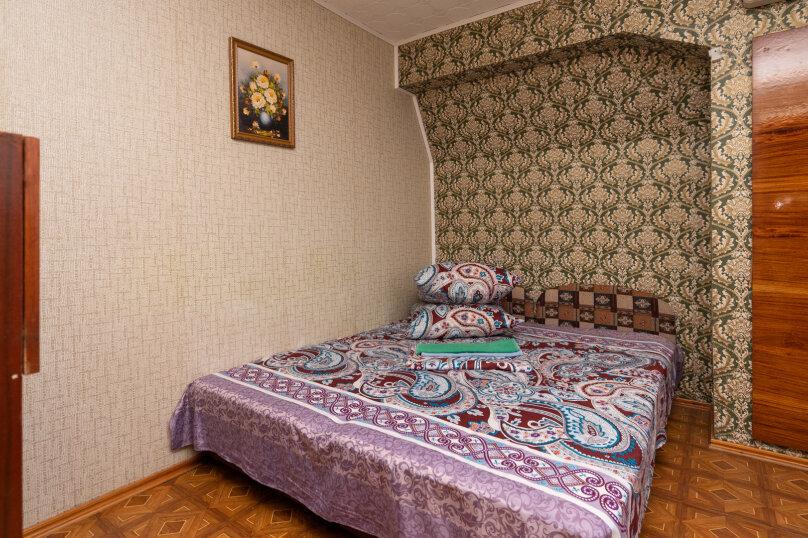 Эконом, 2-х комнатный, 3-х местный ,3-й этаж, Партизанская улица, 6, Судак - Фотография 1