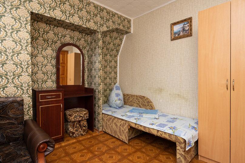 """Гостевой дом """"Таман"""", Партизанская улица, 6 на 12 комнат - Фотография 12"""