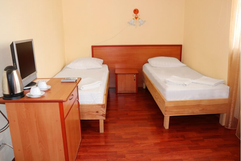 Эконом с двумя раздельными односпальными кроватями, улица Крестовского, 26А, Балаклава - Фотография 1