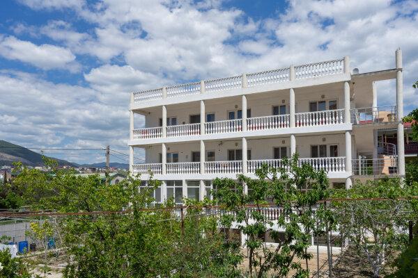 """Гостевой дом """"Заит"""", улица Кофеваров, 9 на 15 комнат - Фотография 1"""