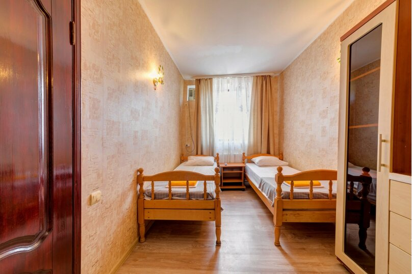 """Гостевой дом """"Замок"""", улица Леселидзе, 5 на 9 комнат - Фотография 16"""
