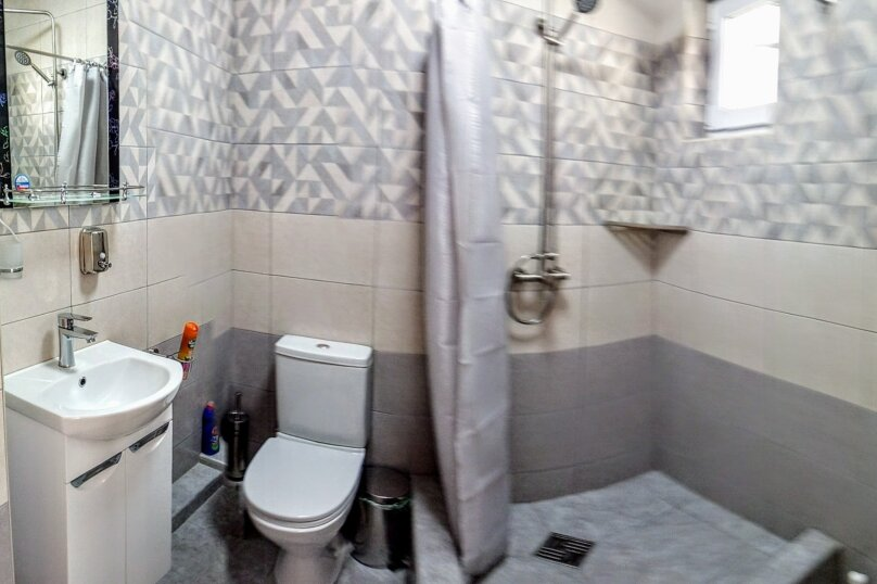 """Гостевой дом """"Вояж"""", Крымская улица, 18 на 22 комнаты - Фотография 72"""