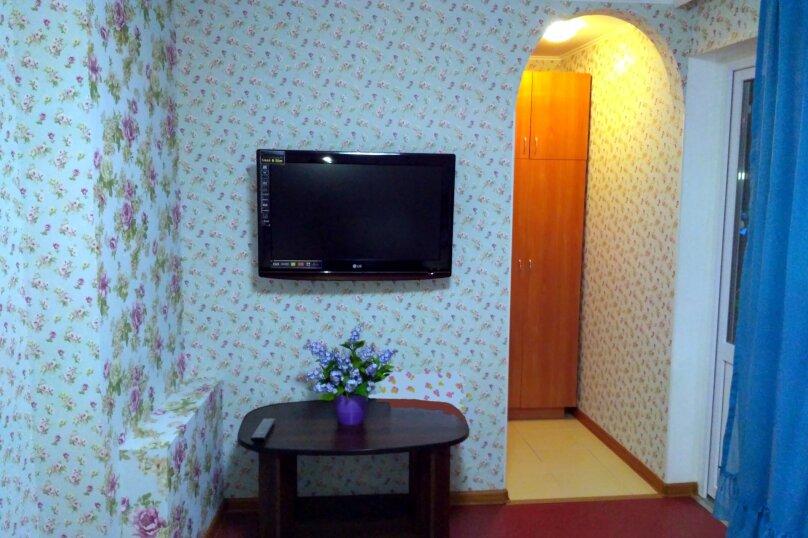 4 -х местный номер на 1-ом этаже, Советская, 55, Феодосия - Фотография 7