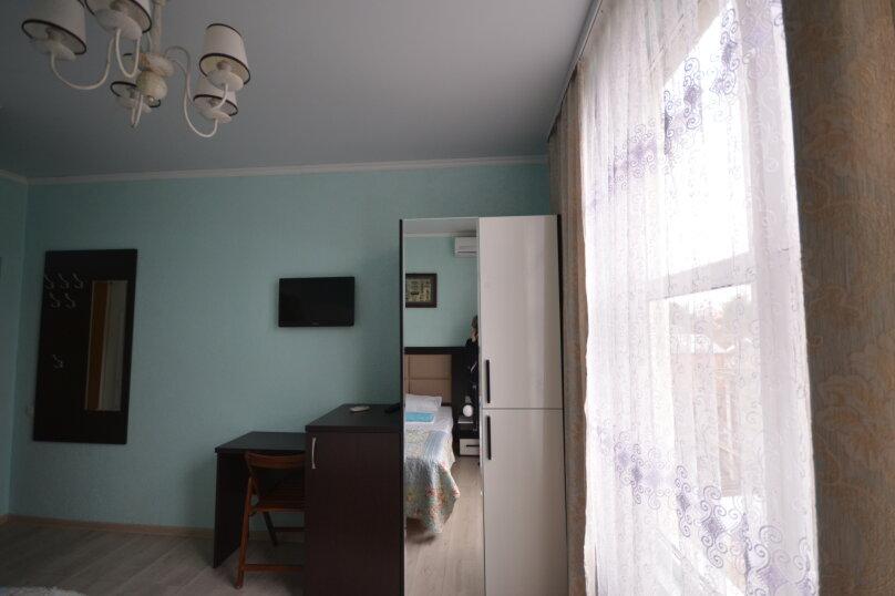 """Гостевой дом """"На Грибоедова 20"""", улица Грибоедова, 20/2 на 13 комнат - Фотография 42"""